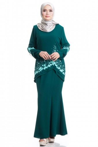 NAURAH KURUNG WITH LAYERED FRILLS