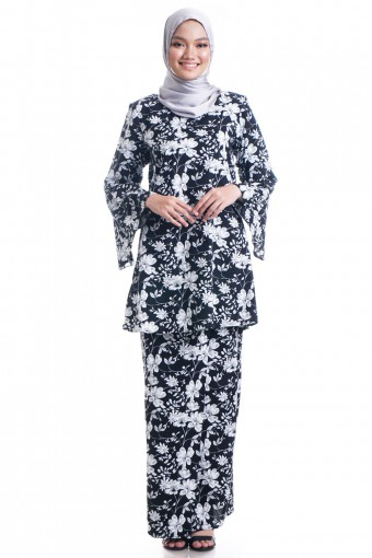 ZUZANNY KURUNG  COTTON  WITH PLEATED BELL SLEEVES