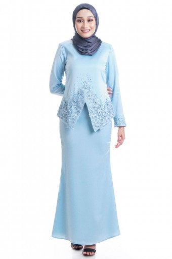 SHAHNAS KEBAYA WITH PATCHED LACE