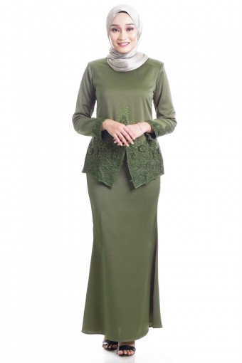 REYHANA KEBAYA WITH PATCHED LACE