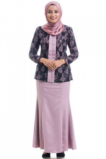 IVAH KEBAYA WITH LAYERED LACE  42-48