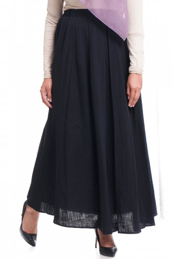 PUSPITA SKIRT WITH PLEATED