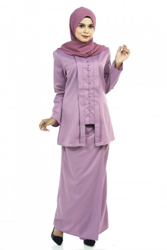 JAHANARA KUTU BARU KEBAYA WITH FRONT PLEATED SKIRT