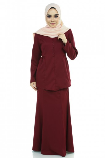 ESHAL KURUNG  WITH BUTTON