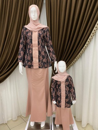 KIDS IVAH KEBAYA WITH LAYERED LACE